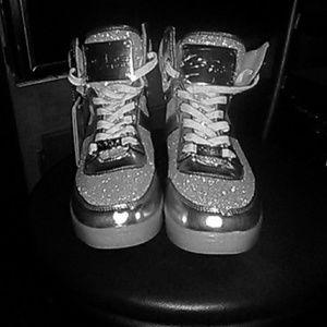 NWT silver bebe flash women's tennis shoes